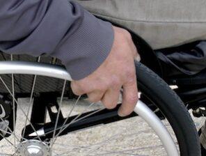 2 pixabay wheelchair-1230101_1920